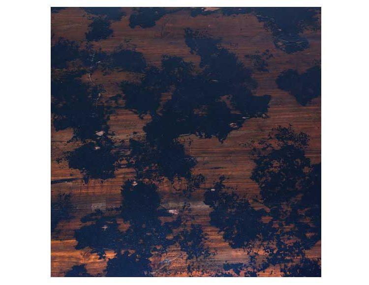 mesa-centro-oriental-negro-envejecido-detalle