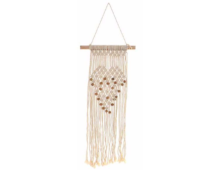 macrame-cuerda-madera-pared-corazon