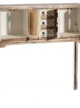 consola-etnica-puertas-madera-natural-abierta