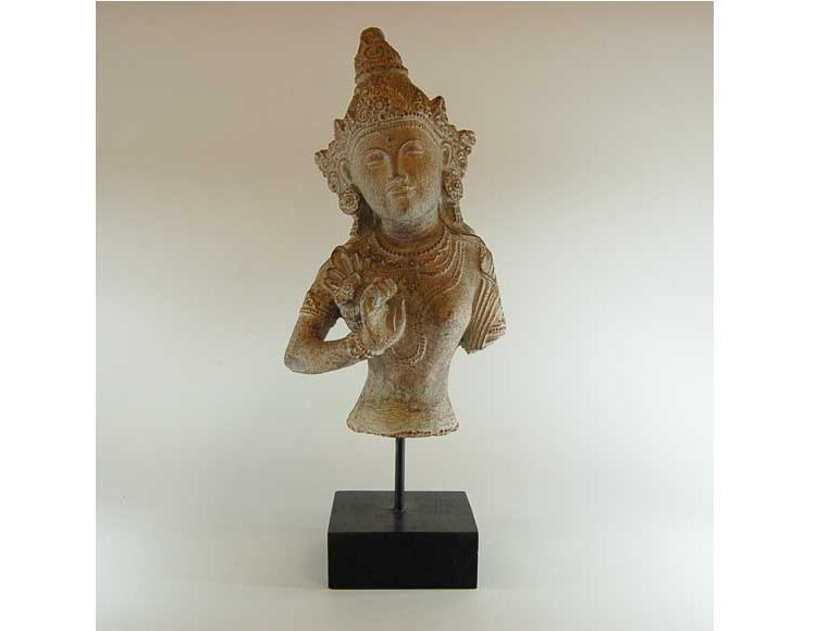figura-diosa-thai-piedra