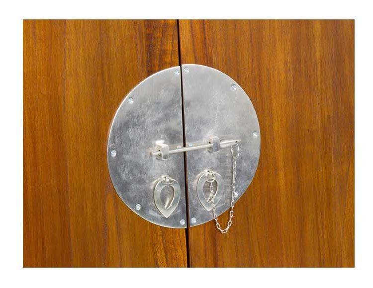 mueble-bar-oriental-medallon-detalle