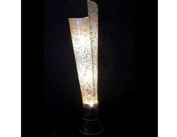 lampara-suelo-espiral-nacar-bambu