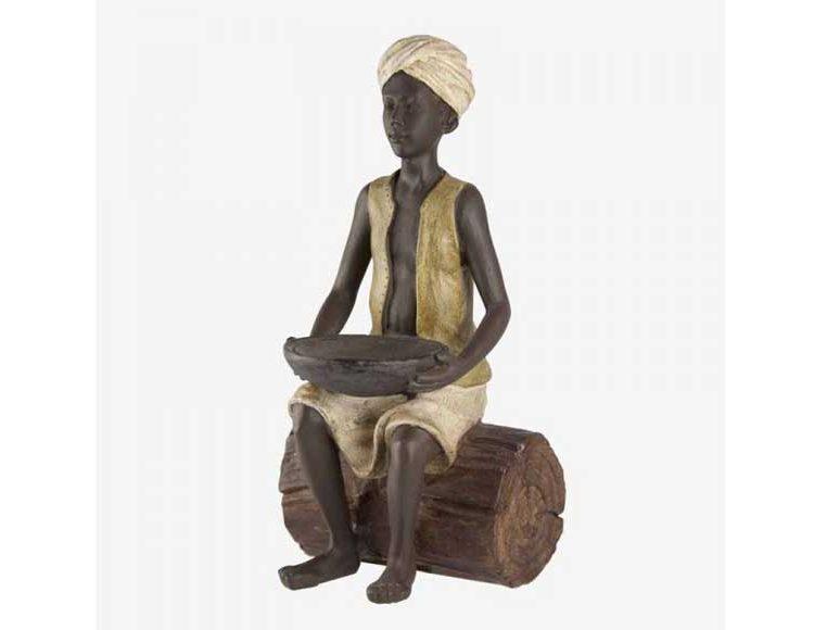 figura-niño-hindu-sentado-tronco-plato