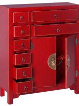recibidor-oriental-rojo-puertas-cajones