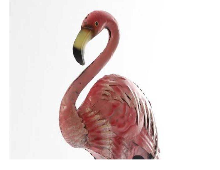 figura-flamenco-rosa-blanco-metal-detalle