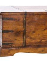 baul-madera-maciza-detalle