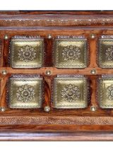 mesa-centro-arabe-madera-bronce-detalle