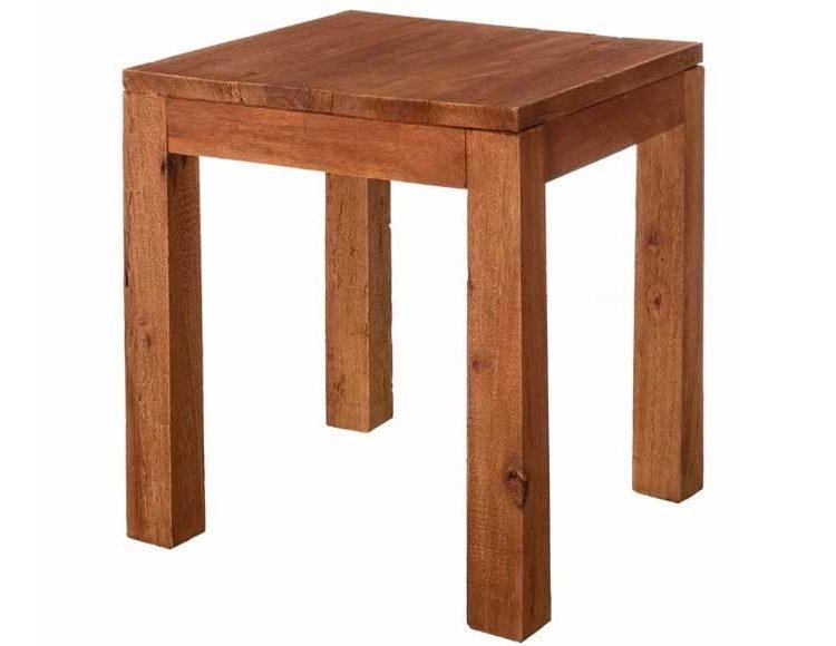 mesa-rincon-rustica-cuadrada-sencilla