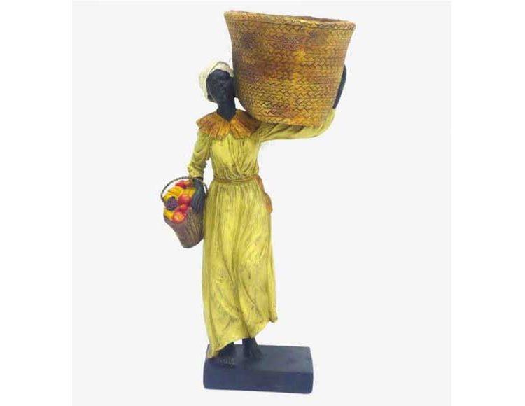 figura-mujer-africana-cesta-hombro