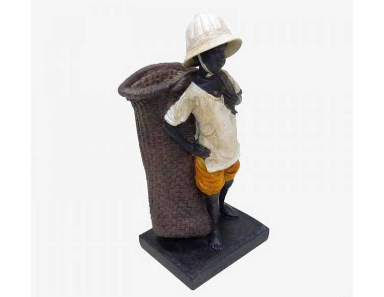 figura-niño-africano-cesto