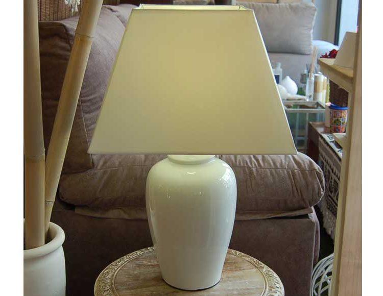lampara-sobremesa-moderna-ceramica-blanca