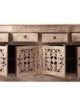 aparador-etnico-beige-puertas-talladas-abierto