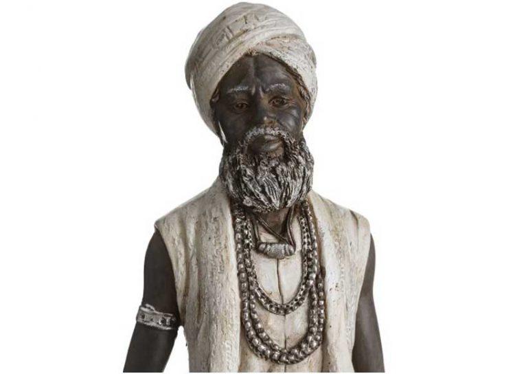 figura-hindu-blanca-marron-detalle