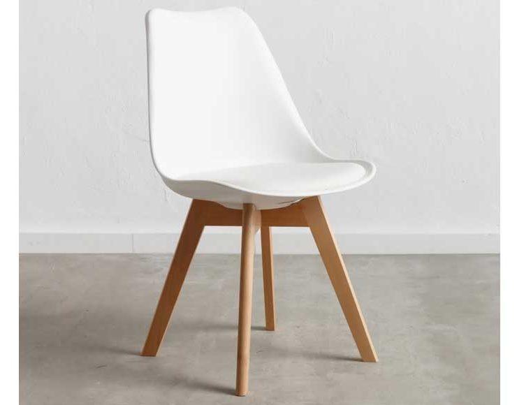 silla-nordica-blanca-asiento-acolchado