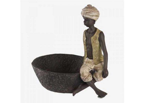 figura-niño-hindu-chaleco-cuenco-grande