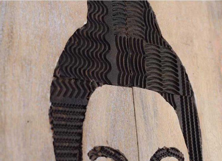 armario-oriental-buda-tallado-madera-detalle