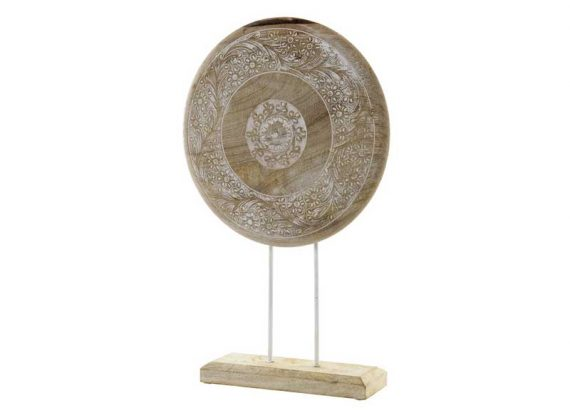 figura-circulo-madera-dibujo-tallado