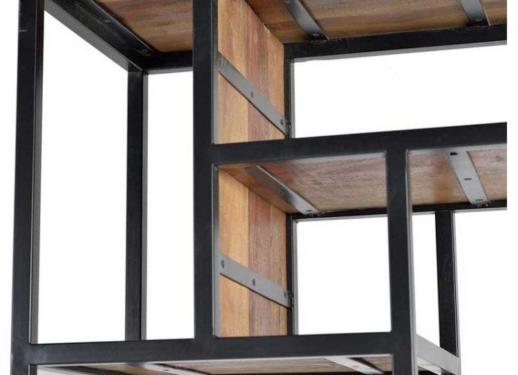 estanteria-industrial-puerta-abatible-estantes-irregulares-detalle
