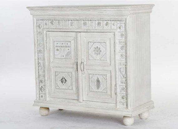 comoda-india-blanca-puertas-marco-adornos