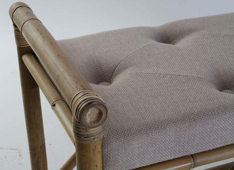descalzadora-bambu-asiento-tela-detalle
