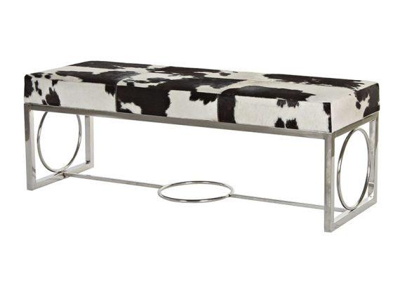 descalzadora-vaca-negra-blanca