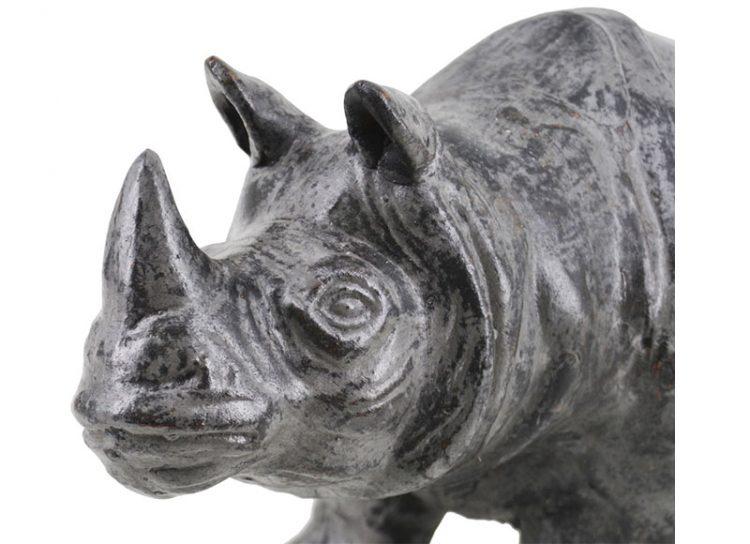 figura-rinoceronte-terracota-gris-oscuro-detalle